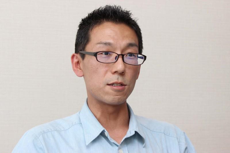 左・酉島製作所・冨田さん