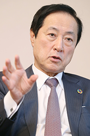 みずほ・佐藤取締役会長